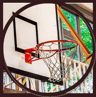 天童市立寺津小学校のバスケットゴールイメージ